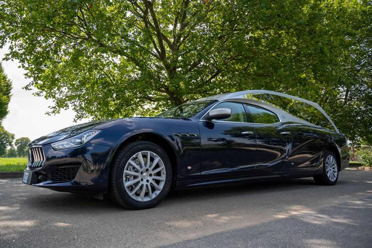 auto funebre Maserati